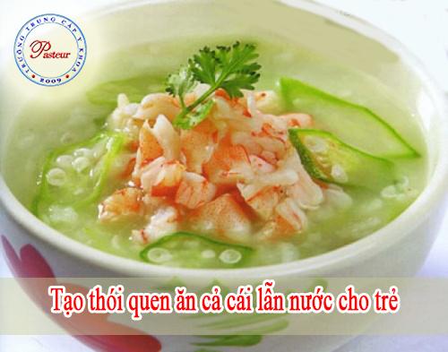 tao-thoi-quen-an-ca-cai-lan-nuoc-cho-tre