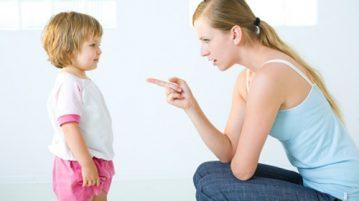 Cần phải cân nhắc trước hành động của mình với trẻ