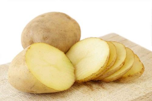 Mặt nạ trẻ hóa da từ khoai tây