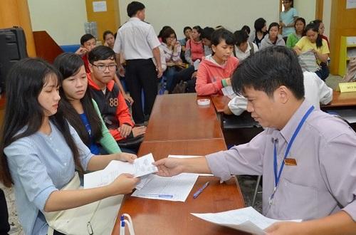 Một buổi đăng ký học Văn bằng 2 Cao đẳng Điều dưỡng