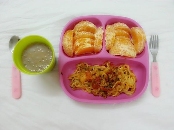 bổ sung đầy đủ dinh dưỡng cho trẻ