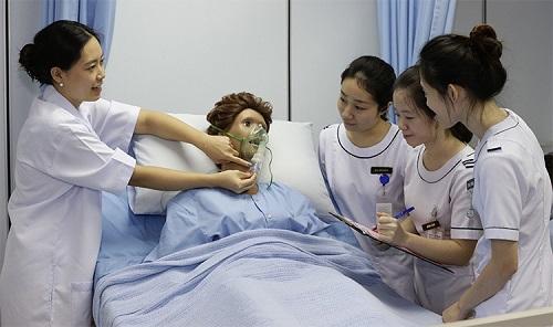 Cơ sở vật chất hiện đại giúp sinh viên ngành Điều dưỡng học tốt hơn