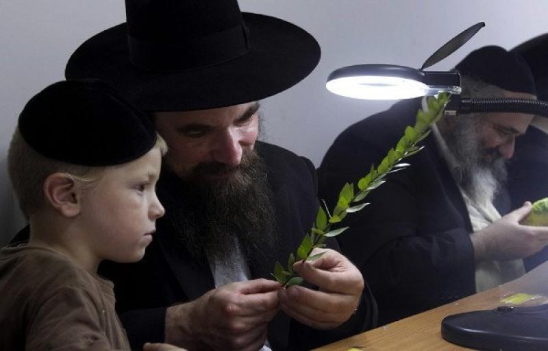 Cha mẹ do thái có cách nuôi dạy con độc đáo