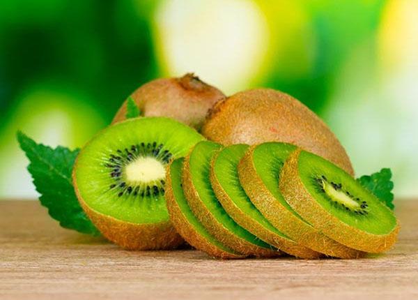 Bổ sung sức khỏe cho bà bầu thì không thể thiếu quả kiwi