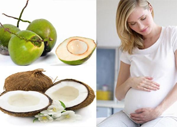 Tác dụng của nước dừa đối với sức khỏe và phụ nữ mang thai